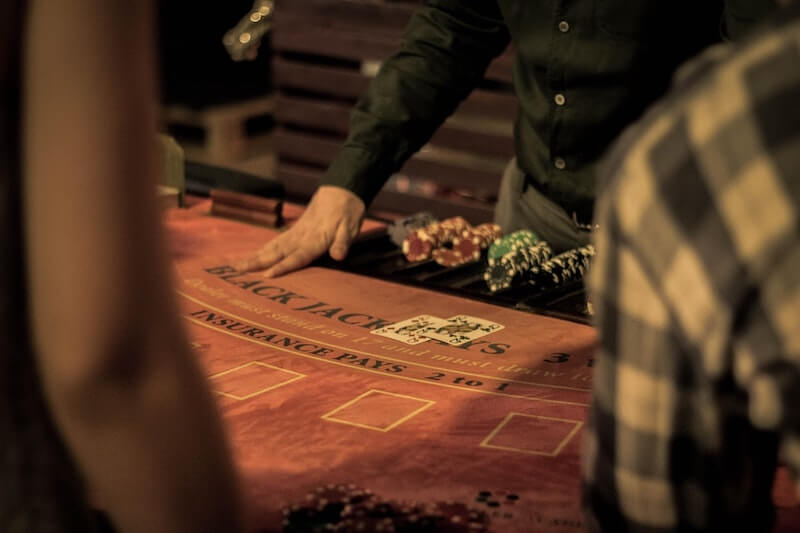 Advantages and Disadvantages of Bitcoin Casinos